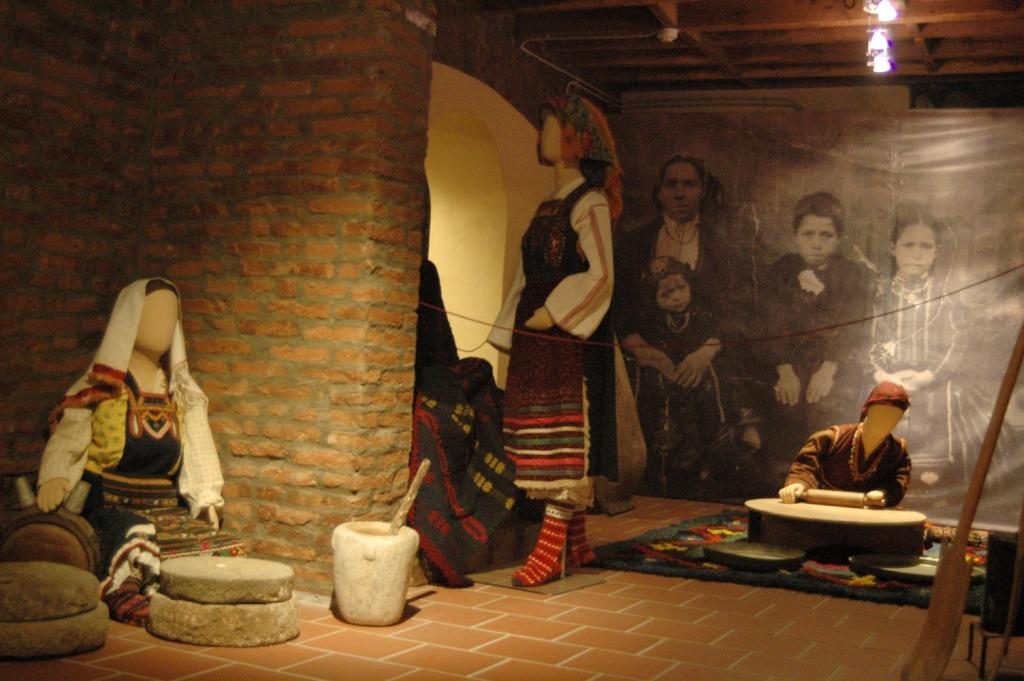 FOLK & HISTORIC MUSEUM OF XANTHI folk2