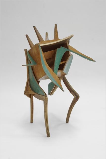 Μάγια Τζούριτζ-Άτιτλο-Ξύλινη κατασκευή-80x115x70cm